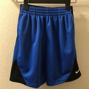 Kid's Nike Dri-Fit gym, sports shorts size M